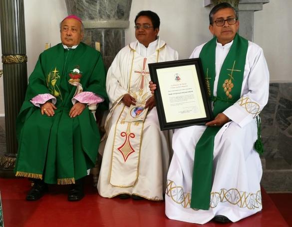 Padre Víctor Hugo 2.jpg
